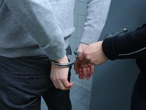Наживался на лицензировании. Экс-сотрудник нижегородского минздрава получил срок за взятки