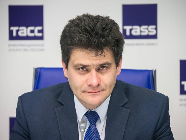 Высокинский пытается примирить депутатов и бизнес. «Это бессмысленно», — отвечает Володин