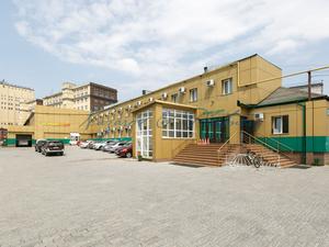 Офисно-производственное здание выставлено на продажу в Новосибирске