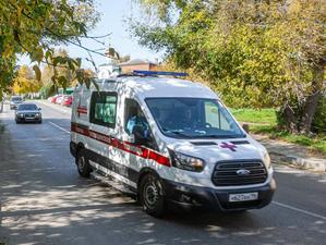 Водители скорых получают выплаты за работу с ковид-больными через депутатов и прокуратуру