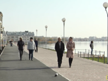 В Челябинске завершили первый этап благоустройства набережной озера Смолино