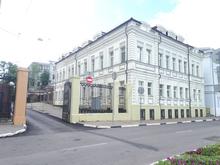Под офисы или гостиницу. На Верхневолжской набережной продается дом за 300 млн