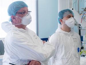 Эпидемиологи ждут обострения пандемии коронавируса. Все закончится не ранее 2022 г.