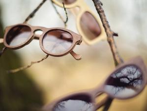 Бутики Франции заинтересовались дизайнерскими очками красноярской компании Brevno