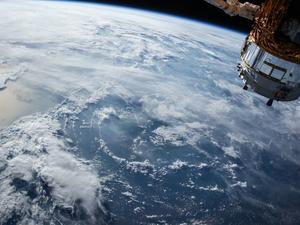 МТС будет участвовать в создании спутниковой системы интернета вещей