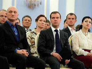 Единороссы составили список бесперспективных депутатов. Партия ищет новые лица для выборов