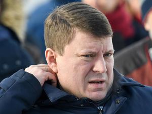 Мэр Красноярска вышел с карантина и прошел по заснеженному городу