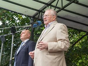 Жириновскому замены нет: лидеры парламентских партий возглавят списки на выборах в Госдуму