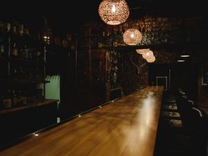 Красноярские бары закрываются из-за ковидных ограничений или меняют формат