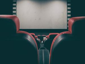 Власти введут новые ограничения для кинотеатров и фудкортов в Новосибирске