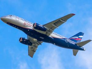 «ПСБ Лизинг» начинает поставки самолетов Superjet 100 российским заказчикам