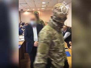 Депутат из Балахны стал фигурантом уголовного дела. Его задержали прямо на заседании