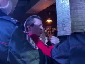В Челябинске готовятся закрыть ночной клуб, где поймали депутата без маски