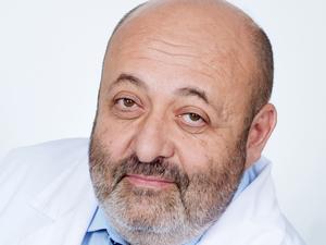 В Екатеринбурге известный врач скончался от коронавируса