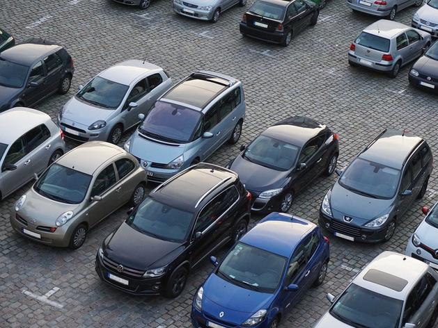 Машин набрали, платить нечем? В России растет просрочка по автокредитам