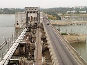 Почти 160 миллионов потребуется на капремонт моста на плотине ГЭС