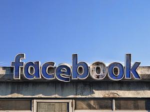 В США регулятор потребовал от Facebook продать Instagram и WhatsApp