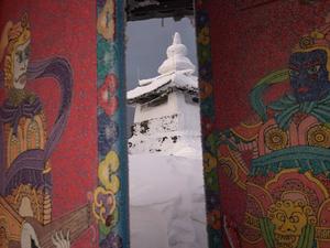 «Евраз» заплатил буддистам за перенос храма. Они потратили деньги и требуют новый договор