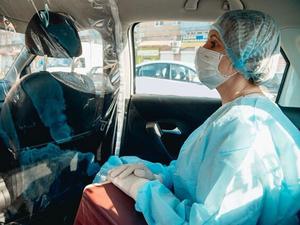 Красноярских врачей будут возить к больным на такси