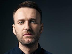 После публикации о причастности ФСБ к отравлению Навального прошли сутки. Кремль молчит