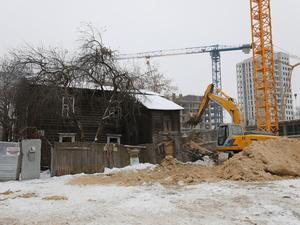 «Гнилушки» уйдут в историю? В центре Нижнего Новгорода снесут неприглядные аварийные дома