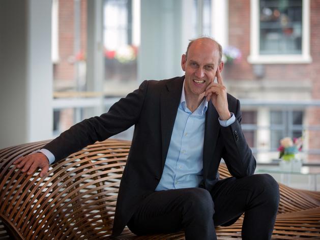 Ник ван Дам