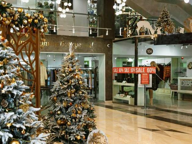 Торговые центры Екатеринбурга рассказали о графике работы в новогодние каникулы
