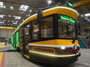 В Екатеринбурге создали туристический ретро-трамвай