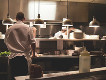Ресторан с блюдами «по себестоимости» открывается в Екатеринбурге. Вход будет платным