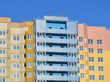 Для достройки проблемного дома на левом берегу создадут ЖСК