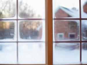 «Аномальные морозы». Младшеклассникам в Нижегородской области разрешили не посещать школу