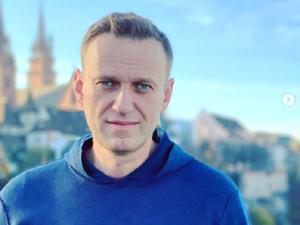 Навальный объявил о возвращении в Россию, несмотря на угрозу реального срока