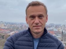 «По техническим причинам». Самолет с Навальным приземлился в Шереметьево вместо Внуково