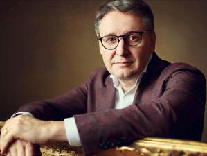Ресторатор Олег Ананьев готовит к открытию новый ресторан русской кухни «Морошка»