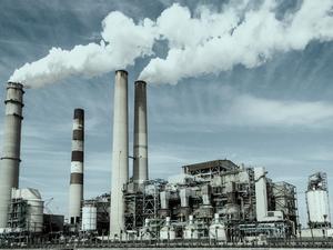Зампред правительства РФ предложил усилить нефинансовые меры поддержки промышленности
