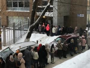 На бутик одежды в центре города составили протокол из-за очередей во время распродажи