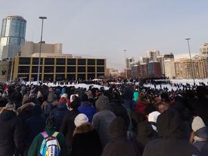 В Екатеринбурге на протестную акцию пришли 5 тыс. человек. В конце ОМОН разогнал людей