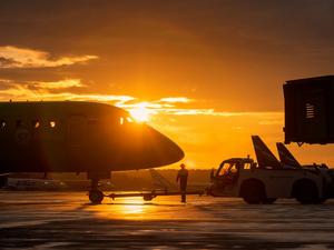 Две авиакомпании полетят из Красноярска в Киргизию