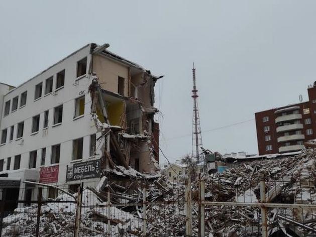 «Маяк» приостановил снос здания ПРОМЭКТа, но ненадолго