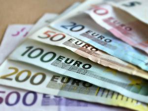 ФНС создает особую инспекцию для богатых. Ковид-послабления в Москве. Главное 27 января