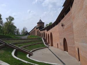 Вокруг Кремля можно будет погулять по боевому ходу XVI века. Перепад высот равен 30-этажке