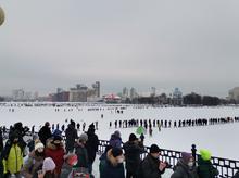 В Екатеринбурге на протестную акцию вышли тысячи человек. Гуляния закончились задержаниями