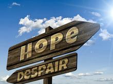 Болезни и безработица не лишают нас оптимизма. Даже 40-летние верят в «прекрасное далеко»