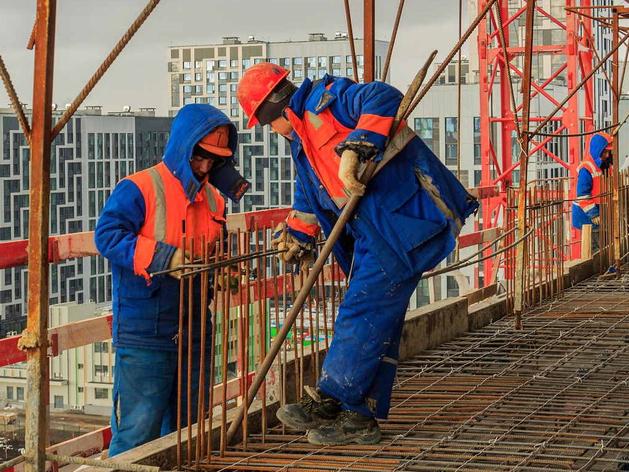 Уральские строители обратились к правительству РФ с просьбой о мигрантах