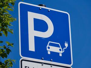 На 117,6% выросли продажи электромобилей с пробегом в Новосибирске