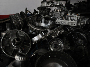 Не менять, а чинить: в Новосибирске взлетел спрос на ремонт авто и запчасти