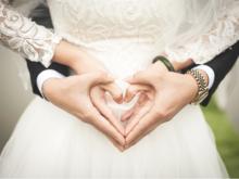 Почти 200 тыс. руб. на торжество: как молодожены планируют играть свадьбу в 2021 году?