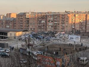 Во Владикавказе взрыв полностью разрушил торговый центр
