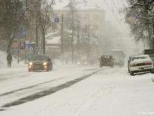 Город замело. В Нижнем Новгороде ввели режим ЧС из-за снегопадов