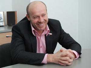 Олег Колесников пообещал Челябинску аквапарк за санкцию на выдвижение в Госдуму